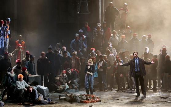 Una scena dal secondo atto, sul finale dell'opera.