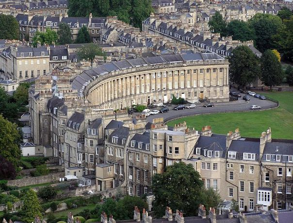 800px-royal-crescent-aerial-bath-arp
