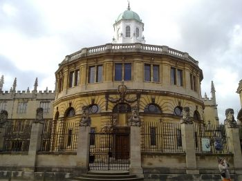 1200px-the_sheldonian_from_across_broad_street