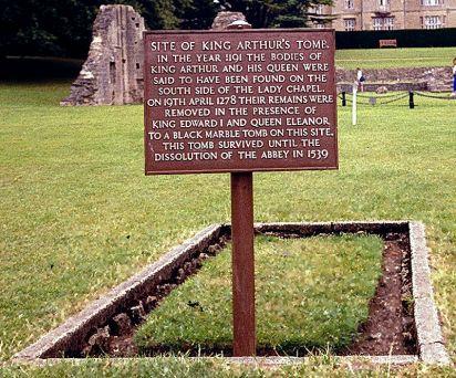 800px-former_gravesite_king_arthur_28glastonburyabbey29